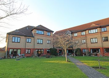 Thumbnail 1 bed flat for sale in Marlborough Court, Didcot, Oxon