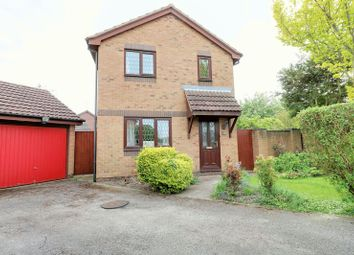 Thumbnail 3 bed detached house for sale in Heron Close, Scunthorpe