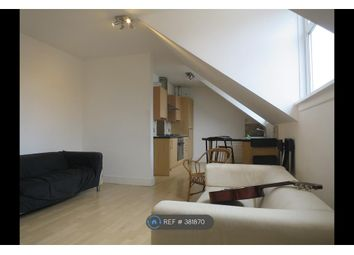 3 bed flat to rent in Waverley Road, Southsea PO5