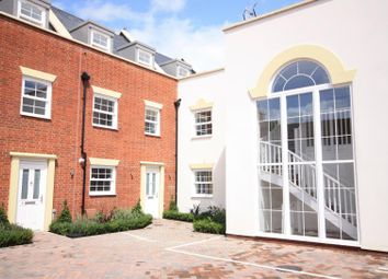Thumbnail 3 bedroom town house to rent in Coggeshall Road, Braintree
