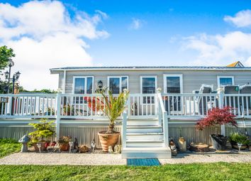Thumbnail 3 bedroom mobile/park home for sale in Warren Road, Hopton, Great Yarmouth