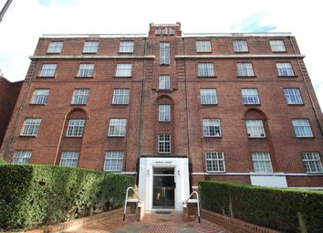 Thumbnail 3 bedroom flat to rent in Frognal Lane, London