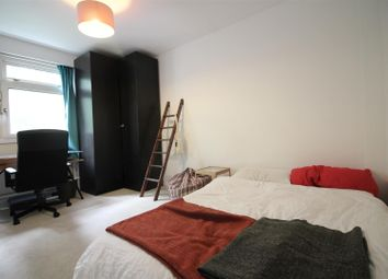 Thumbnail 2 bed flat to rent in Warner Place, London