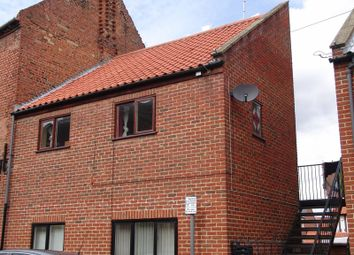 Thumbnail 1 bedroom flat to rent in Kidgate, Louth