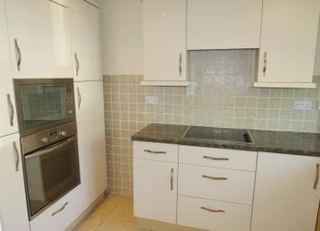 Thumbnail 2 bed maisonette to rent in St Johns Road, Hedge End, Southampton