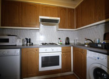 Thumbnail 1 bed flat to rent in Letchworth St, London