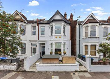 Leghorn Road, London NW10. 3 bed flat