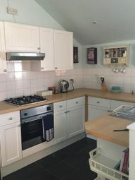 2 bed flat to rent in 28 Granada Road, Southsea PO4