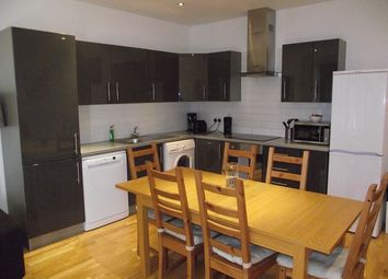 Thumbnail 2 bed flat to rent in 1LG, London
