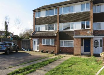 Thumbnail 4 bed property to rent in Woodside Close, Colchester