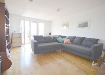 Thumbnail 2 bed flat to rent in Osborn Street, London