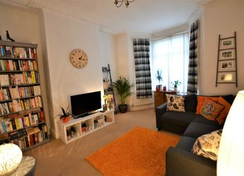 Thumbnail 2 bed maisonette to rent in Whittington Road, London