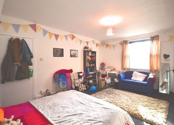 Thumbnail 10 bed terraced house to rent in Moorland Road, Hyde Park, Ten Bed, Leeds