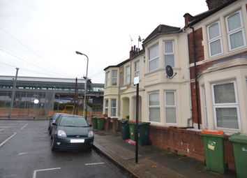 Thumbnail 3 bed flat to rent in Savile Road, Silvertown