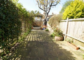 Thumbnail 2 bed flat to rent in Waldron Road, Earlsfield