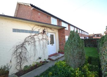 Thumbnail 2 bed maisonette to rent in Fountains Avenue, Feltham