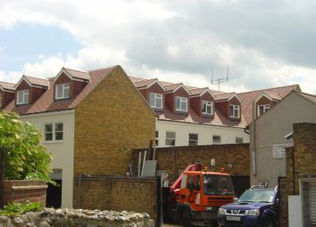 Thumbnail 2 bed flat to rent in Sun Street, Waltham Abbey