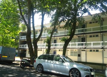 Thumbnail 1 bed flat to rent in Cassinghurst Road, Herne Hill