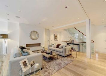 Thumbnail Property for sale in Duke's Mews, London