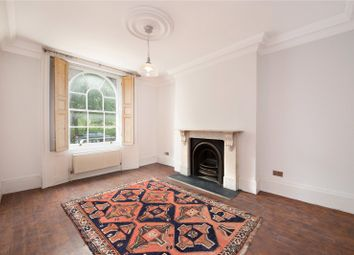 2 bed maisonette for sale in Barnsbury Road, London N1