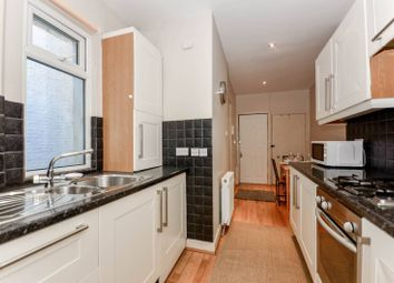 Thumbnail 1 bedroom flat to rent in Earls Court Road, Earls Court