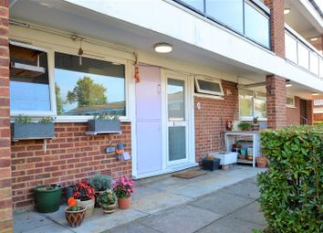 1 bed property for sale in Tonge Close, Beckenham BR3