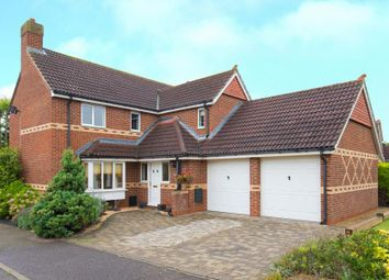 Thumbnail 5 bed detached house for sale in Richardson Crescent, Cheshunt, Waltham Cross, Hertfordshire