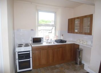 Thumbnail 2 bed flat to rent in High Street West, Glossop
