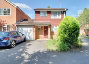Thumbnail 3 bed detached house for sale in Vernon Walk, Tadworth