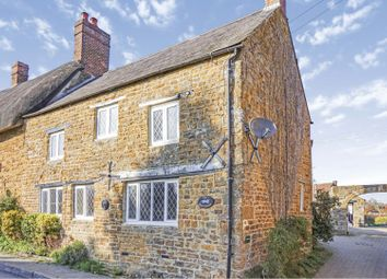 Thumbnail 2 bed property for sale in Red Lion Street, Cropredy, Banbury