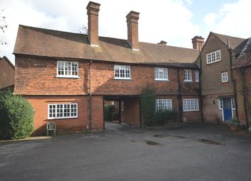 Room to rent in Deans Lane, Walton On The Hill, Tadworth KT20