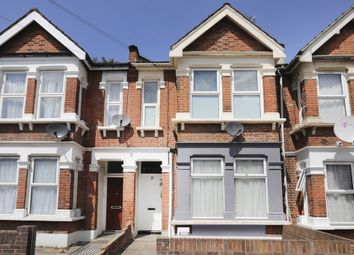 Rectory Road, London E12. 3 bed flat