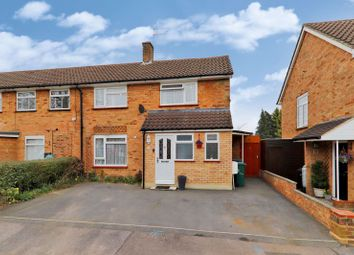 Thumbnail 4 bed terraced house for sale in Durrants Drive, Croxley Green, Rickmansworth