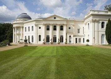 Thumbnail 3 bed flat for sale in Sundridge Park Manor, Bromley