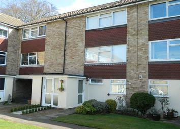 Thumbnail 1 bed flat to rent in York Close, Horsham