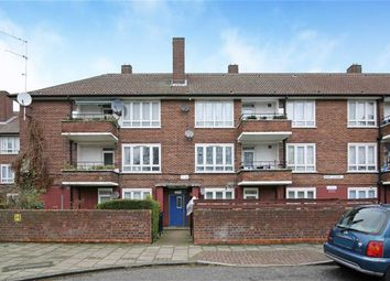 2 Bedrooms Flat for sale in Fendt Close, Canning Town, London E16