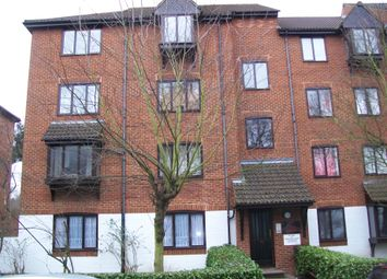 Thumbnail 2 bed flat to rent in High Street, Purley