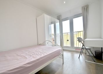 Thumbnail Room to rent in Regina Terrace, Ealing