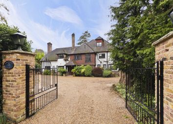 Thumbnail 6 bed detached house to rent in Cavendish Road, Weybridge