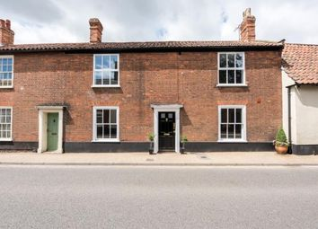 Thumbnail 2 bedroom flat for sale in Beccles, Suffolk