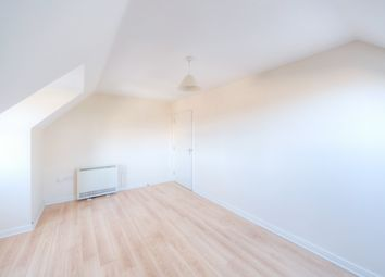 Thumbnail 2 bedroom flat to rent in Waters Reach, Blackamoor Lane, Maidenhead