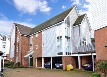 2 bed flat for sale in Niagara Close, Kings Hill, West Malling, Kent ME19