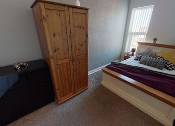 Thumbnail Room to rent in Albert Avenue, Anlaby Road, Hull