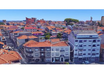 Thumbnail Block of flats for sale in Paranhos, Porto, Porto