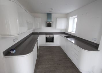 Thumbnail 2 bed flat to rent in Portsdown Hill Road, Portsmouth