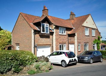 Thumbnail 3 bed detached house to rent in Farncombe Hill, Godalming