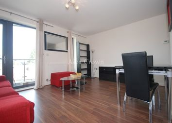 Thumbnail 3 bed flat to rent in Bacon Street, London