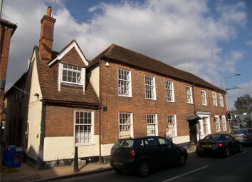 Thumbnail 2 bed flat to rent in High Street, Twyford, Berkshire
