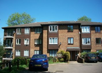 Thumbnail Studio to rent in Aveling Close, Purley
