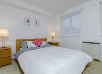 Thumbnail 1 bed flat to rent in Ferguson Close, Canary Wharf